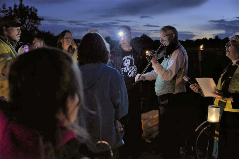 170913-vigil-kirby-misperton-protection-camp-1-2